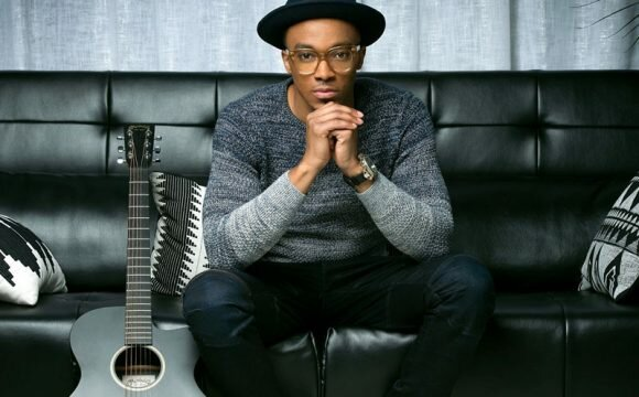 "Join Jonathan McReynolds for ""The Life Room"" experience, when the GRAMMY® nominated and Dove Award-winning chart-topper hosts his first live recording in his native Chicago on Friday May 5th"